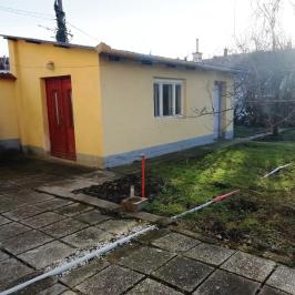 Eladó  családi ház (<span class='notranslate'>Győr</span>, <span class='notranslate'>Nádorváros</span>) 47,5 M   <span class='notranslate'>Ft</span>