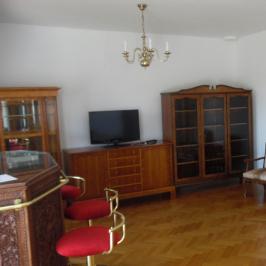 Kiadó  téglalakás (<span class='notranslate'>Budapest, XI.  </span>kerület) 275 E   <span class='notranslate'>Ft</span>/hó