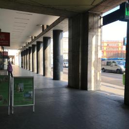 Kiadó  üzlethelyiség utcai bejáratos (<span class='notranslate'>Budapest, VII.  </span>kerület) 329,4 E   <span class='notranslate'>Ft</span>/hó +ÁFA