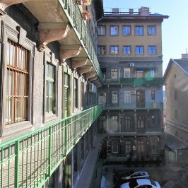 Eladó  téglalakás (<span class='notranslate'>Budapest, VIII.  </span>kerület) 45 M   <span class='notranslate'>Ft</span>