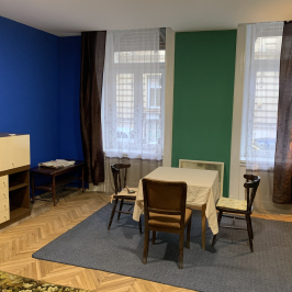 Kiadó  téglalakás (<span class='notranslate'>Budapest, VI.  </span>kerület) 130 E   <span class='notranslate'>Ft</span>/hó