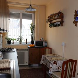 Eladó  téglalakás (<span class='notranslate'>Budapest, III.  </span>kerület) 29,9 M   <span class='notranslate'>Ft</span>
