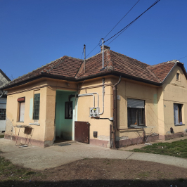 Eladó  családi ház (<span class='notranslate'>Dunaharaszti</span>, <span class='notranslate'>Petőfitelep</span>) 28,5 M   <span class='notranslate'>Ft</span>