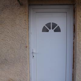 Eladó  családi ház (<span class='notranslate'>Balatonfőkajár</span>, <span class='notranslate'></span>) 29,5 M   <span class='notranslate'>Ft</span>