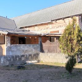 Eladó  családi ház (<span class='notranslate'>Galgahévíz</span>, <span class='notranslate'>Ökofalu</span>) 23.5 M   <span class='notranslate'>Ft</span>