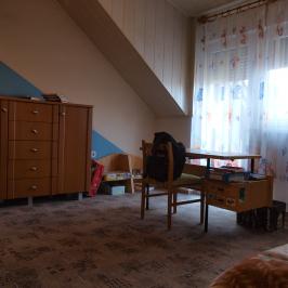 Eladó  családi ház (<span class='notranslate'>Orosháza</span>, <span class='notranslate'>Szőlő</span>) 40,5 M   <span class='notranslate'>Ft</span>
