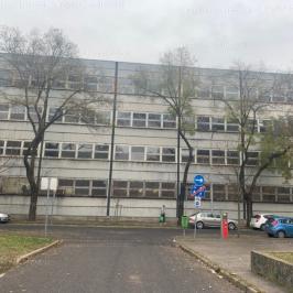 Eladó  ipari ingatlan (<span class='notranslate'>Budapest, XIII.  </span>kerület) 379 M   <span class='notranslate'>Ft</span> +ÁFA