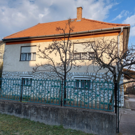 Eladó  családi ház (<span class='notranslate'>Eger</span>, <span class='notranslate'>Lajosváros</span>) 46,5 M   <span class='notranslate'>Ft</span>