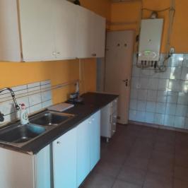 Eladó  családi ház (<span class='notranslate'>Dunaújváros</span>, <span class='notranslate'>Újtelep</span>) 16,5 M   <span class='notranslate'>Ft</span>