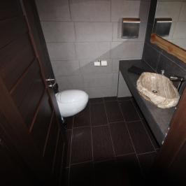 Eladó  hotel, szálloda (<span class='notranslate'>Siófok</span>, <span class='notranslate'>Aranypart</span>) 465 M   <span class='notranslate'>Ft</span>