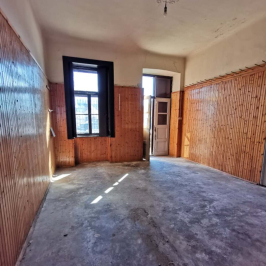Eladó  családi ház (<span class='notranslate'>Dunaföldvár</span>, <span class='notranslate'></span>) 13,5 M   <span class='notranslate'>Ft</span>