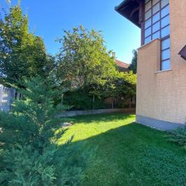 Eladó  családi ház (<span class='notranslate'>Budapest, XXIII.  </span>kerület) 109,9 M   <span class='notranslate'>Ft</span>