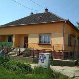 Eladó  családi ház (<span class='notranslate'>Kunmadaras</span>, <span class='notranslate'></span>) 15 M   <span class='notranslate'>Ft</span>