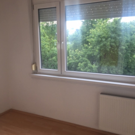 Eladó  panellakás (<span class='notranslate'>Budapest, XV.  </span>kerület) 23,5 M   <span class='notranslate'>Ft</span>