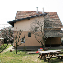 Eladó  családi ház (<span class='notranslate'>Budapest, XXI.  </span>kerület) 95 M   <span class='notranslate'>Ft</span>