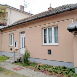 Eladó  házrész (<span class='notranslate'>Budapest, XVIII.  </span>kerület) 32,9 M   <span class='notranslate'>Ft</span>