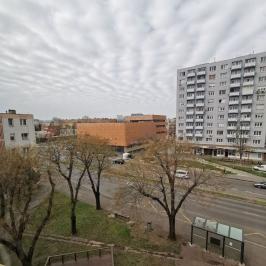 Eladó  panellakás (<span class='notranslate'>Dunaújváros</span>, <span class='notranslate'>Belváros</span>) 13,7 M   <span class='notranslate'>Ft</span>