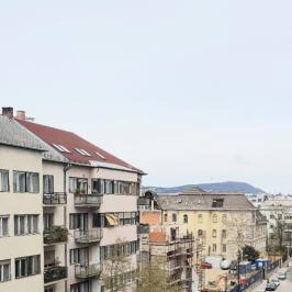 Kiadó  téglalakás (<span class='notranslate'>Budapest, VII.  </span>kerület) 110 E   <span class='notranslate'>Ft</span>/hó