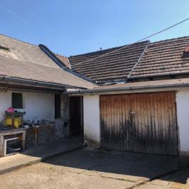 Eladó  családi ház (<span class='notranslate'>Vác</span>, <span class='notranslate'>Belváros</span>) 54,9 M   <span class='notranslate'>Ft</span>