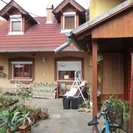 Eladó  családi ház (<span class='notranslate'>Mezőtúr</span>, <span class='notranslate'>Belváros</span>) 16 M   <span class='notranslate'>Ft</span>