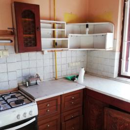 Eladó  családi ház (<span class='notranslate'>Budapest, III.  </span>kerület) 29,9 M   <span class='notranslate'>Ft</span>