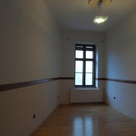 Eladó  téglalakás (<span class='notranslate'>Budapest, IX.  </span>kerület) 68.5 M   <span class='notranslate'>Ft</span>