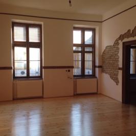 Kiadó  téglalakás (<span class='notranslate'>Budapest, IX.  </span>kerület) 180 E   <span class='notranslate'>Ft</span>/hó