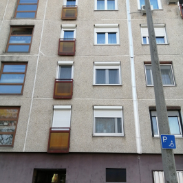 Eladó  panellakás (<span class='notranslate'>Budapest, XV.  </span>kerület) 33.9 M   <span class='notranslate'>Ft</span>