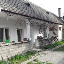 Eladó  családi ház (<span class='notranslate'>Dunaföldvár</span>, <span class='notranslate'></span>) 18.5 M   <span class='notranslate'>Ft</span>