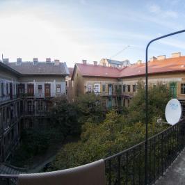 Eladó  téglalakás (<span class='notranslate'>Budapest, VIII.  </span>kerület) 33 M   <span class='notranslate'>Ft</span>