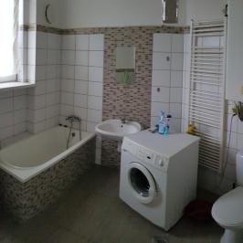 Eladó  téglalakás (<span class='notranslate'>Budapest, X.  </span>kerület) 49,9 M   <span class='notranslate'>Ft</span>