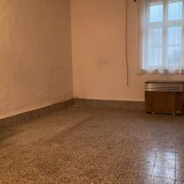 Eladó  családi ház (<span class='notranslate'>Szeged</span>, <span class='notranslate'>Alsóváros</span>) 36 M   <span class='notranslate'>Ft</span>