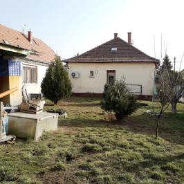 Eladó  családi ház (<span class='notranslate'>Budapest, XVII.  </span>kerület) 49 M   <span class='notranslate'>Ft</span>