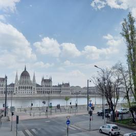 Eladó  téglalakás (<span class='notranslate'>Budapest, II.  </span>kerület) 79 M   <span class='notranslate'>Ft</span>