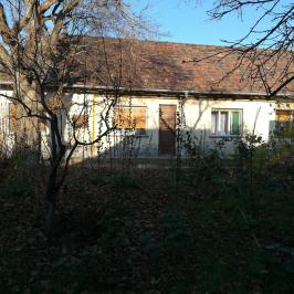 Eladó  családi ház (<span class='notranslate'>Budakeszi</span>, <span class='notranslate'>Virágvölgy</span>) 155 M   <span class='notranslate'>Ft</span>