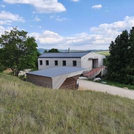 Eladó  villa (<span class='notranslate'>Pilisjászfalu</span>, <span class='notranslate'></span>) 150 M   <span class='notranslate'>Ft</span>