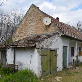 Eladó  családi ház (<span class='notranslate'>Paks</span>, <span class='notranslate'></span>) 6,9 M   <span class='notranslate'>Ft</span>