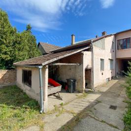 Eladó  családi ház (<span class='notranslate'>Vác</span>, <span class='notranslate'>Belváros</span>) 59.9 M   <span class='notranslate'>Ft</span>