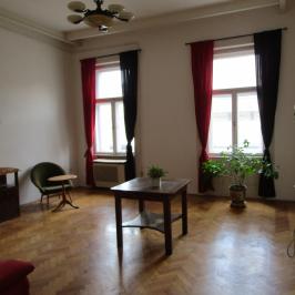 Eladó  téglalakás (<span class='notranslate'>Budapest, VII.  </span>kerület) 42 M   <span class='notranslate'>Ft</span>