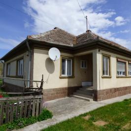 Eladó  családi ház (<span class='notranslate'>Poroszló</span>, <span class='notranslate'></span>) 14,9 M   <span class='notranslate'>Ft</span>