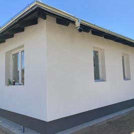Eladó  családi ház (<span class='notranslate'>Erdőkertes</span>, <span class='notranslate'></span>) 55.9 M   <span class='notranslate'>Ft</span>