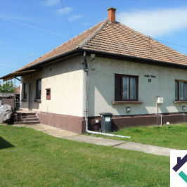 Eladó  családi ház (<span class='notranslate'>Tápiószentmárton</span>, <span class='notranslate'></span>) 13.99 M   <span class='notranslate'>Ft</span>