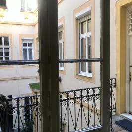 Eladó  téglalakás (<span class='notranslate'>Budapest, V.  </span>kerület) 77 M   <span class='notranslate'>Ft</span>