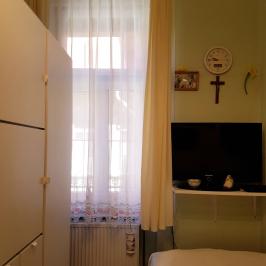 Eladó  téglalakás (<span class='notranslate'>Budapest, VI.  </span>kerület) 35,6 M   <span class='notranslate'>Ft</span>