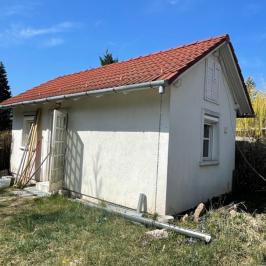 Eladó  családi ház (<span class='notranslate'>Veresegyház</span>, <span class='notranslate'>Tópart</span>) 49,5 M   <span class='notranslate'>Ft</span>