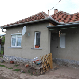 Eladó  családi ház (<span class='notranslate'>Maklár</span>, <span class='notranslate'></span>) 24.5 M   <span class='notranslate'>Ft</span>
