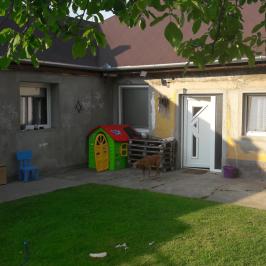 Eladó  családi ház (<span class='notranslate'>Dunaföldvár</span>, <span class='notranslate'></span>) 22,99 M   <span class='notranslate'>Ft</span>