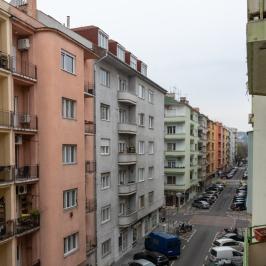 Eladó  téglalakás (<span class='notranslate'>Budapest, XIII.  </span>kerület) 75 M   <span class='notranslate'>Ft</span>