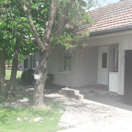 Eladó  családi ház (<span class='notranslate'>Szalkszentmárton</span>, <span class='notranslate'></span>) 22,99 M   <span class='notranslate'>Ft</span>