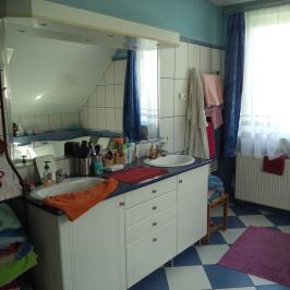 Eladó  családi ház (<span class='notranslate'>Budapest, XVII.  </span>kerület) 96.99 M   <span class='notranslate'>Ft</span>